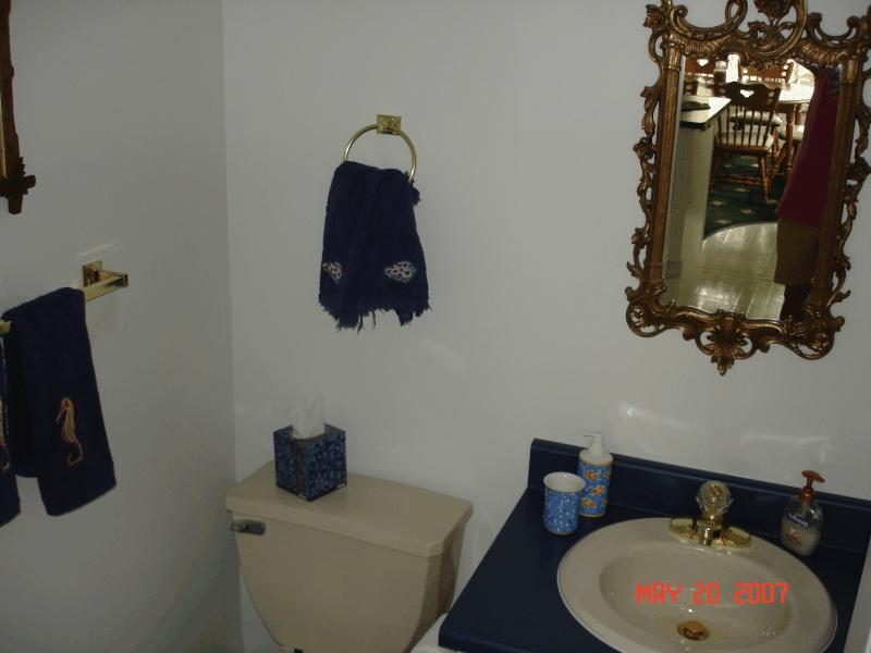 clear_lake_rental_restroom1
